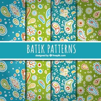 Abstracte bloemenpatronen in batik stijl
