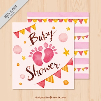 Baby shower uitnodiging met voetafdrukken en slingers