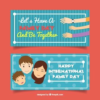Blauwe banners met lachende personages en handen voor familie dag