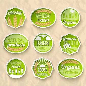Boeren oogsten en landbouw stickers set van natuurlijke organische groenten en fruit vector illustratie