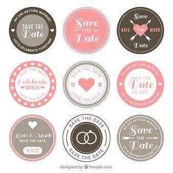 Bruiloft badges met retro stijl
