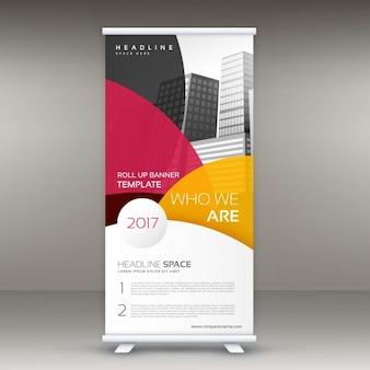 Elegant roll up design met ronde kleurrijke vormen voor de presentatie