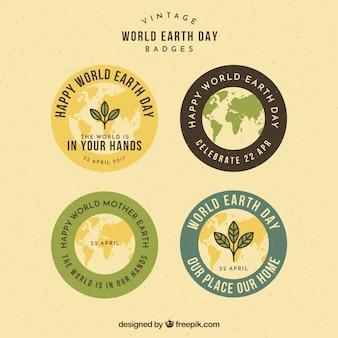 Gekleurde round badges in vintage stijl voor moeder aarde dag
