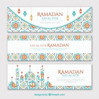 Geometrische ramadan geplaatste banners