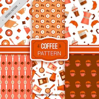 Het verzamelen van gekleurde patronen met koffie accessoires