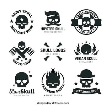 Inzameling van emblemen met schedels