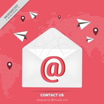 Kaart achtergrond met e-mail en papieren vliegtuigjes