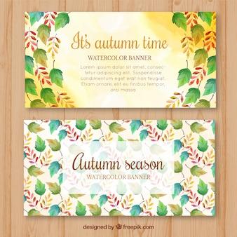 Mooie herfstbanners met aquarelbladeren
