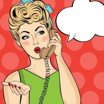 Pop art vrouw chatten op retro telefoon Comic vrouw met tekstballon Speld op meisje