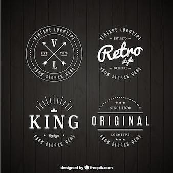 Reeks uitstekende emblemen in lineaire stijl