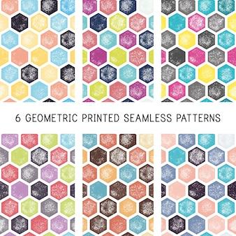 Set van abstracte geometrische naadloze patronen. Gedrukte / blokkerende achtergronden. Grunge retro hexagon wallpapers.