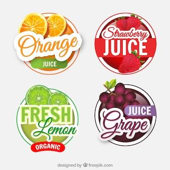 Verpakking van vier realistische vruchtensaplabels