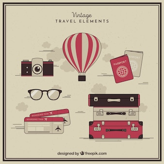 Verzameling van reiselementen in vintage stijl