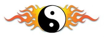 Yin yang symbool met vlammen