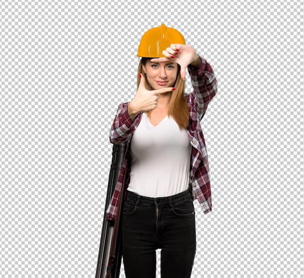 Architekt kobieta koncentrując twarz. symbol kadrowania