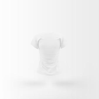 Biała koszulka pływająca na białym tle