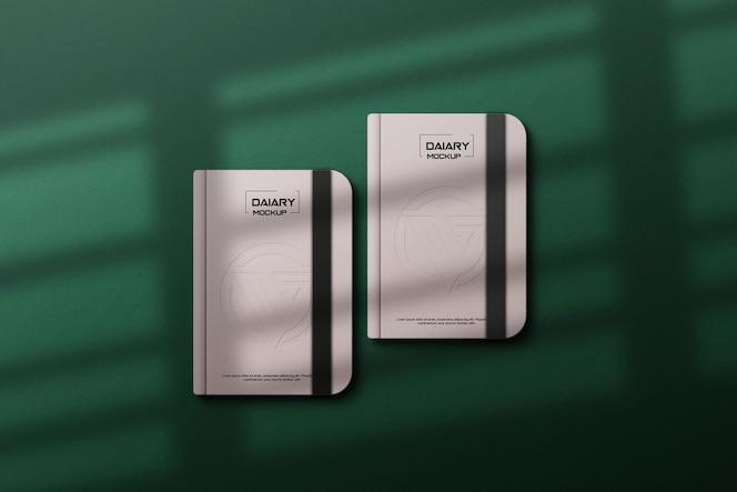 Biała makieta pamiętnika z eleganckimi cieniami
