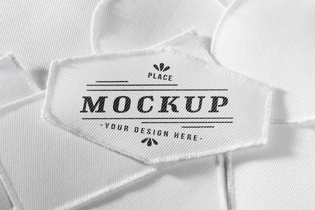 Biała makieta tekstylna naszywka na odzież