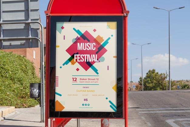 Billboard makieta na przystanku autobusowym