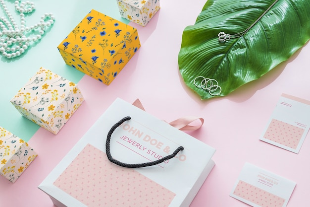Biżuteria i koncepcja makieta pakowania