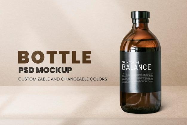 Brązowa butelka spa psd makieta w minimalistycznym stylu