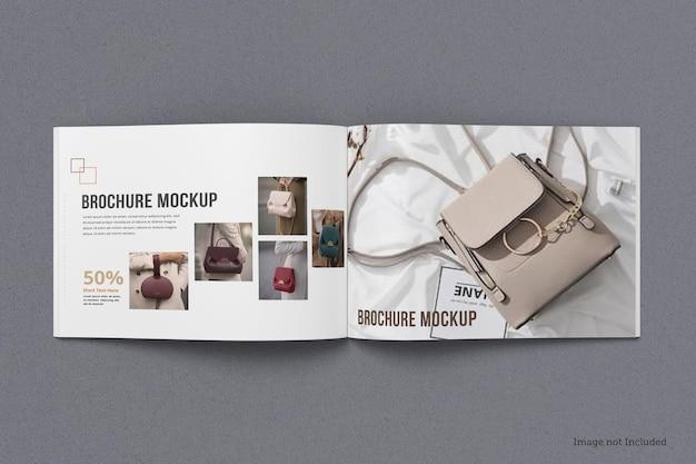 Broszura krajobrazowa i makieta katalogu na białym tle
