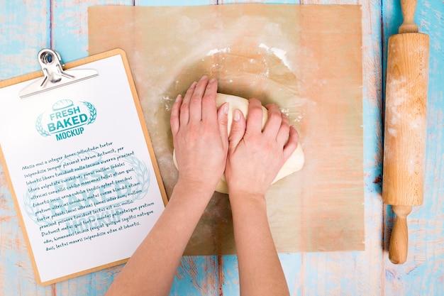 Ciasto piekarnicze ze schowkiem