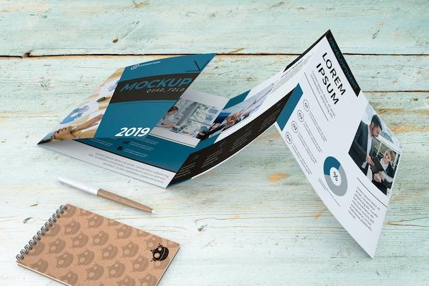 Czterokrotna makieta broszurowa