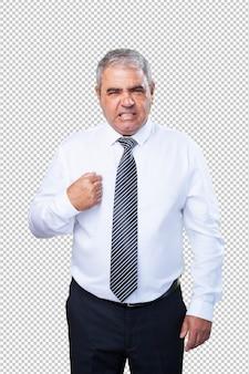 Dojrzały mężczyzna, wskazując na siebie