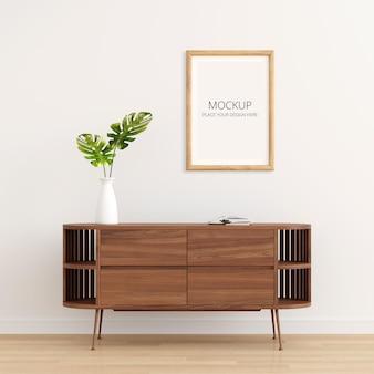 Drewniany kredens we wnętrzu salonu z makietą ramki na zdjęcia