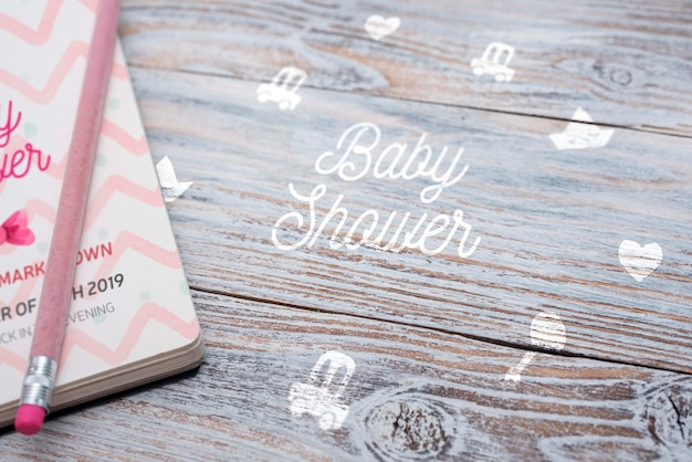 Duży kąt notebooka na baby shower