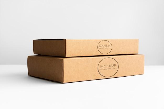 Dwa pudełka kartonowe
