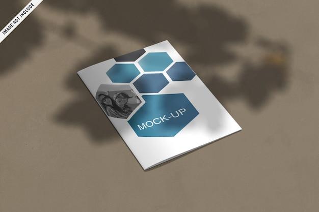 Dwukrotnie składana nowoczesna biznesowa broszura o abstrakcyjnych kształtach