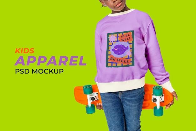 Dziecięca kreskówka sweter makieta psd ładny styl mody