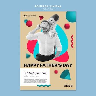Dziecko obejmujące szablon plakat twarz ojca