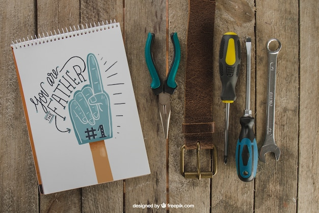 Dzień ojca ozdoba z pasem i narzędziami