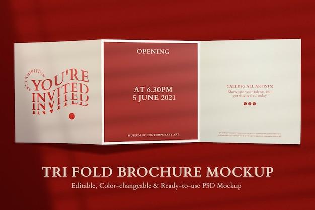 Edytowalna tri-fold broszura makieta psd w kolorze czerwonym