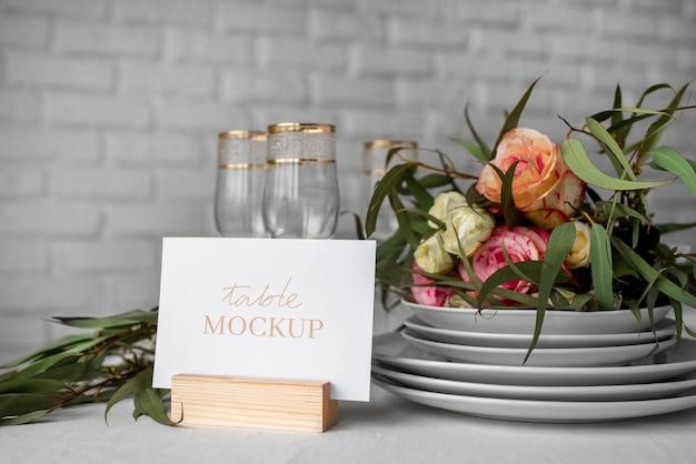 Elegancka makieta stołu
