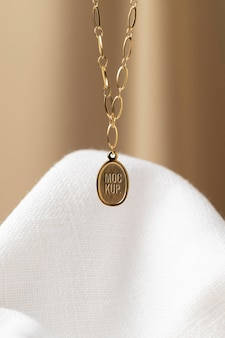 Elegancka zawieszka biżuteria makieta aranżacji