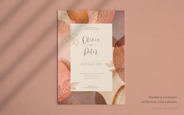 Elegancki szablon zaproszenia ślubne z abstrakcyjnymi kształtami farby