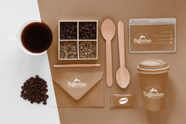 Elementy marki kawy z widokiem z góry