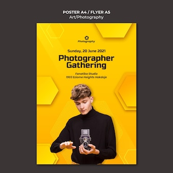 Fotograf gromadzący szablon plakatu