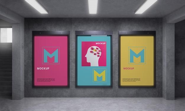 Grupowa podświetlana makieta pionowa nowoczesnego miasta