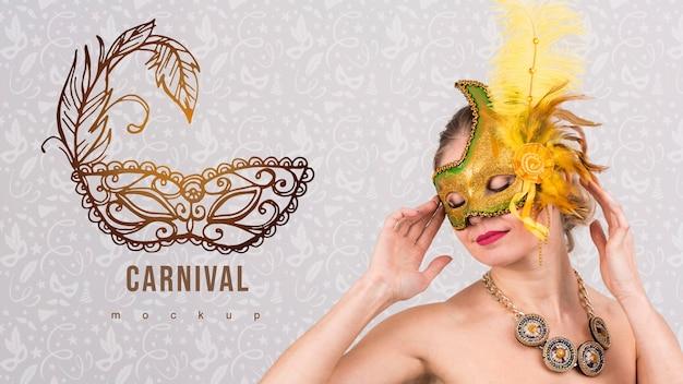 Karnawałowy makieta z wizerunkiem kobieta