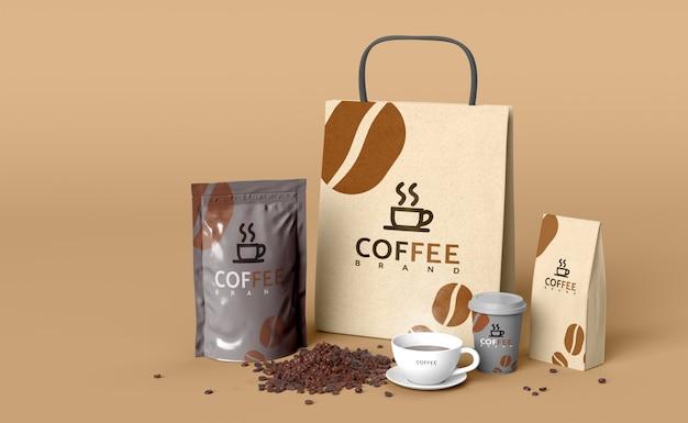 Kawowy ustawiający makieta 3d odpłaca się modela dla produktu projekta.