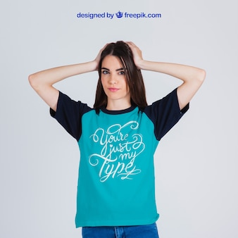 Kobieta t-shirt mockup