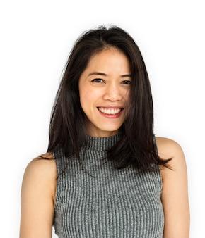 Kobiety dorosłego azjatyckiego uśmiechu szczęśliwy pojęcie