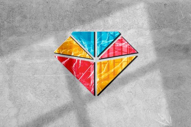 Kolorowa makieta logo na ścianie