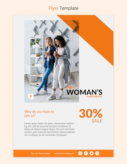 Korporacyjna ulotka z biznesowej kobiety pojęciem