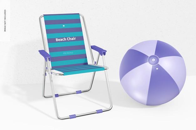 Krzesło plażowe z makietą piłki plażowej